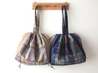 コットンフランネルの巾着バッグ - カタバミ