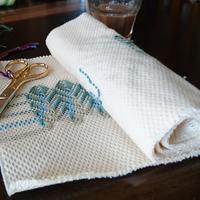刺繍日和  スウェーデン刺繍を刺す毎日 - スウェーデン刺繍の仕事帖