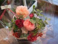 ホリデーシーズンを彩る「花贈りギフト」スタート - ルーシュの花仕事