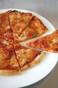 ピザ・マルゲリータ - パンとお菓子と子供の笑顔