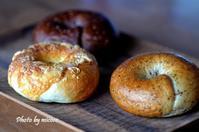 ネ申パンの続き - 森の中でパンを楽しむ