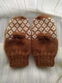 娘用編み込み手袋完成 - D-E