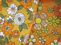 オレンジ花柄のビンテージ・エプロン 2種 -  Der Liebling ~蚤の市フリークの雑貨手帖2冊目~