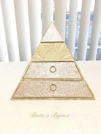 ピラミッド - Boîte à Bijoux