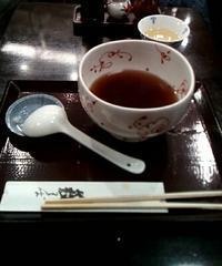 年越しそばの締めくくりに。酔い覚ましの、一杯のかけそば。上野藪そば@台東区上野6丁目 - はじまりはいつも蕎麦