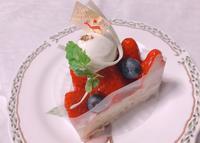 ケーキとプレゼントと・・ - 柴わんことにゃん太郎