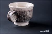 「軽いコーヒーカップ」 - 藍の郷