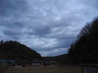 どんよりと曇り空・・・ - 空と雲,季節の風と光と・・・景色