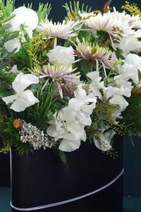 それぞれのお正月花 - お花に囲まれて