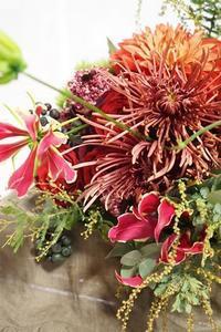ラストの花仕事は幸せオーラに包まれて♪ - お花に囲まれて