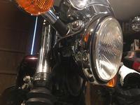 SR400ヘッドライトバルブ交換 - W1SA tourist
