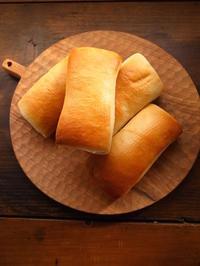 ミルクロール - パンとお菓子
