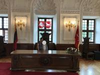 リトアニア旅行記(8)カウナス旧市庁舎は内部もおすすめ - 本日の中・東欧