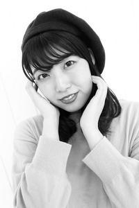 逢坂美由紀ちゃん1 - モノクロポートレート写真館
