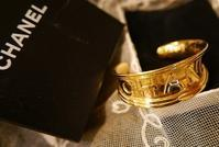 CHANEL Bangle - carboots