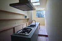 狭小の都市住宅を設計していますーpure + simple.design - pure + simple . design  の家づくりーCoo Planning