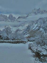 冬のフンザ大雪 - パキスタン旅行会社&取材手配 おカミさんやっています