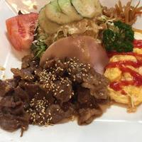9日 焼き肉定食@チェリー - 香港と黒猫とイズタマアル2