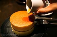 ふんわりもっちりのパンケーキに夢中:「自家焙煎珈琲 みじんこ」湯島 - IkukoDays