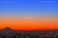 東京より富士山と夕焼けの空 - 風景写真家 鐘ヶ江道彦のフォトブログ