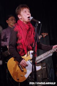 ロックはいいな!~その2~ - GuitarとVOLVOと虎太郎と…
