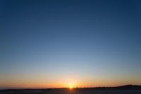 今日の夕日 - 東に向かえば海がある