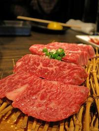 美しいお肉とシャンパンとマッコリと。焼肉ぽんがぜろ中目黒店 - あれも食べたい、これも食べたい!EX