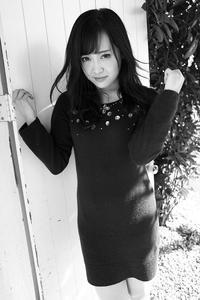 楠木ゆりあちゃん4 - モノクロポートレート写真館