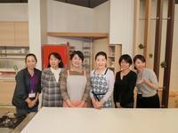 撮影後の記念写真「冬は青菜がいちばん!」 - 料理研究家 島本 薫の日常