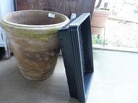 大きな鉢はブルーアイスに - natural garden~       shueの庭いじりと日々の覚書き