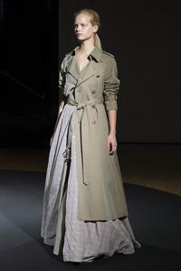 静かな日常の、ドラマティックな服 - LilyのSweet Style