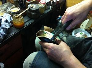 靴という字は革が化けると書きますが - 銀座三越5F シューケア&リペア工房<紳士靴・婦人靴・バッグ・鞄の修理&ケア>