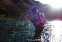 (今年一発目の本流スクールは結構厳しめでした(泣)) - Fly Fishing Total Support.TEAL