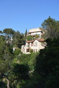 マルセイユのお家はブティでいっぱい - アルルの図書館* 旅する古道具屋