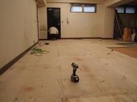 内装床捨て張り工事へ。。 - 一場の写真 / 足立区リフォーム館・頑張る会社ブログ