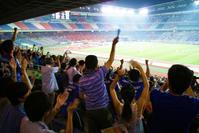 """""""日本のサッカーはゼッタイ、世界一なのだ!""""何故だかわかる?? - """"みんなアベコベ、日本とスペイン!"""""""