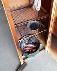 燻製器試作品ーNo2炭熾し台の製作。 - あいやばばライフ