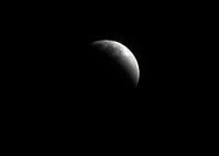皆既月食・・・ほぼリアル - デジカメ一眼レフ開眼への道
