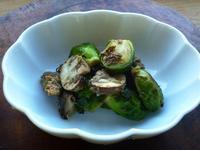 芽キャベツとマッシュルーム、サバ缶のペペロンチーノ - LEAFLabo