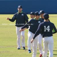 キャンプ2日目 内野シートノック、投内連係、ブルペン(動画5) - Out of focus ~Baseballフォトブログ~ 2019年終了