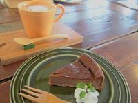 ショコラチーズケーキとホットチョコレート:zelkova(藤崎町) - 津軽ジェンヌのcafe日記