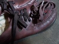 靴紐を替える - ないものを あるもので