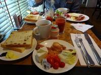 ☆☆☆年末年始の台湾旅4日目~①高雄・ホテルの朝食~左営駅へ - おいしい日々