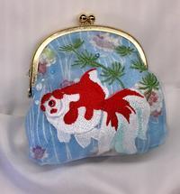 夢見る金魚のがま口 - ソライロ刺繍