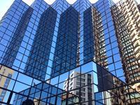 Mirror of the building - はーとらんど写真感