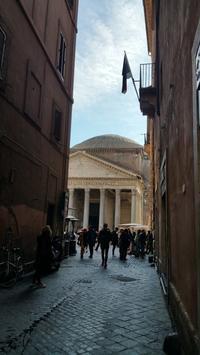 ローマぶらぶら散歩 - Via Bella Italia ベッライタリア通りから