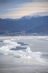 湖面の凍堤 - HAPPY to ...