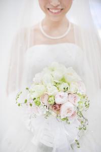 新郎新婦様からのメール 香川まで、生花のブーケを宅急便で - 一会 ウエディングの花