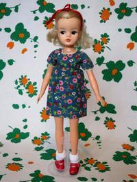 ビンテージの花柄人形用ワンピース -  Der Liebling ~蚤の市フリークの雑貨手帖2冊目~