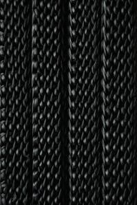 革 紐 と 棒 針 - womb_a_closet